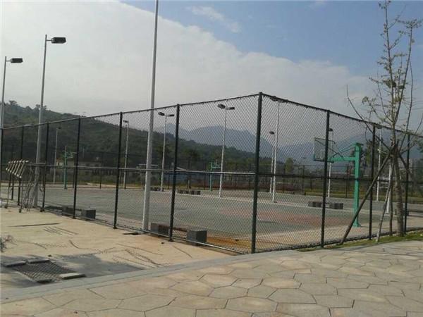 篮球场护栏网案例